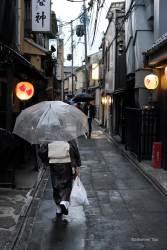 JT-Japan-Kyoto-Gion-Dusk-Restaurants-Alley-2019-4255-DS.jpg