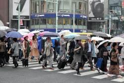 JT-Japan-Tokyo-Rain-Pedestrian-Crossing-2019-2725-DS.jpg