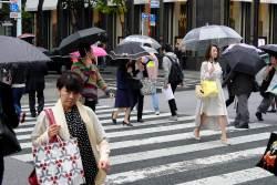 JT-Japan-Tokyo-Rain-People-Crossing-2019-2632-DS.jpg