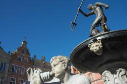 JT-Poland-Gdansk-Long-Market-Neptune-Fountain-2014-8912-DS.jpg