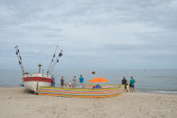 JT-Poland-Rewal-Beach-People-Fishing-Boat-2015-2105-DS.jpg