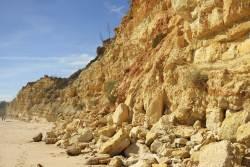 JT-Portugal-Lagos-Beach-Cliffs-2016-7730-DS.jpg