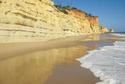 JT-Portugal-Lagos-Beach-Cliffs-Reflections-2016-7353-DS.jpg